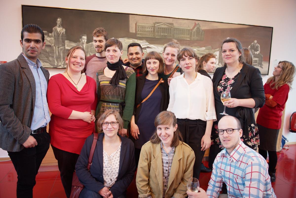 Gruppenbild mit den Preisträger/innen der ausgezeichneten Initiativen Zusammen e.V., Interaction und Soziokulturelles ZentrumDie Villa