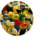 Bild einer Legomenschenmenge