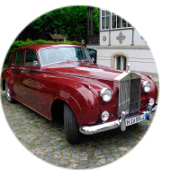 roter Rolls Royce