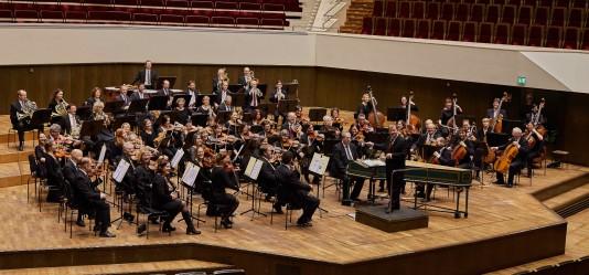 Lehrerorchester auf der Gewandhausbühne