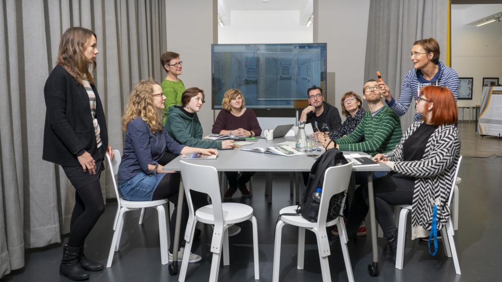 Gruppe im LeipzigZimmer
