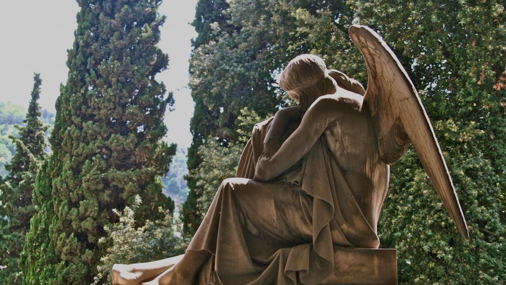 Statue auf dem ... Friedhof